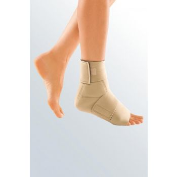Juxta-Fit Ankle Foot Wrap Closed Heel